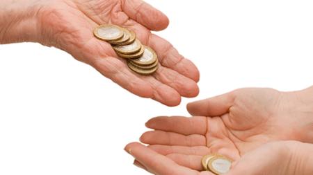Mượn tiền giải xui đầu tháng